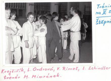 P. Krejčiřík, L. Ondrová, V. Rímeš, J. Schindler a trenér M. Mimránek
