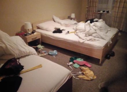pořádek na dívčím pokoji :-) :-)